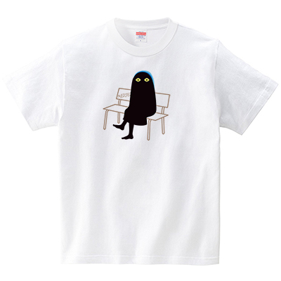 座るメジェド(Tシャツ・ホワイト)(梅川紀美子)